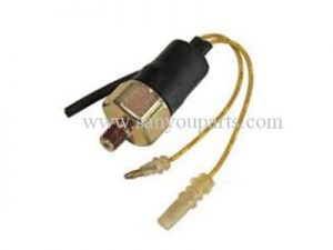SY HG027 EX200 1 EX200 2 EX200 3 EX200 5 6BD1 1 82410160 1 OIL PRESSURE SWITCH 300x225 - EX200-1/2/3/5 6BD1 1-82410160-1 OIL PRESSURE SWITCH